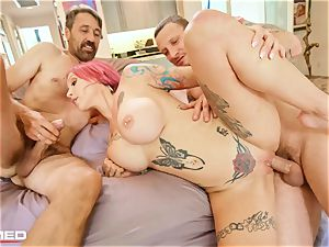 slammed Anna Bell Peaks squirts ash she pulverizes two rods