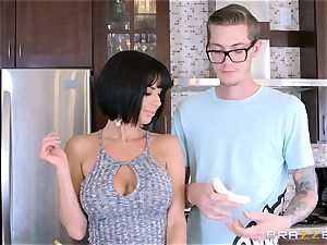 horny mommy Veronica Avluv pummeling her sons-in-law ultra-kinky mate
