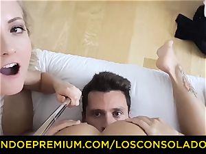 LOS CONSOLADORES - nice stunner naked massage and three-way