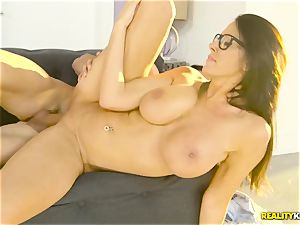 Mature gigantic boobies housewife Reagan Foxx tempts her crazy stepson