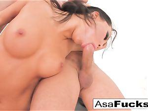 Asa Akira has a torrid assfuck 3some