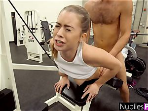 pulverizing Her Tinder date For A workout - GymSelfie S1:E6