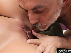 biotch Alanah Rae gets licked out by a wrinkly granddad