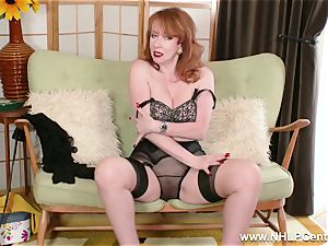 buxom crimson finger bangs cunny in garter nylons and pumps