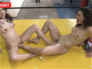 LETSDOEIT - lubed babes love Pussylicking at the Gym