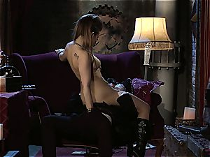 Dani Daniels implementing cogs and pricks in her steampung dream