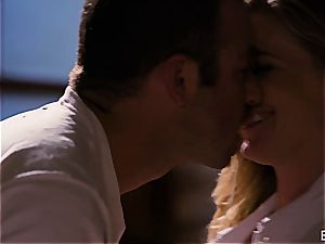 Mona Wales has a romantic love session with her splendid man