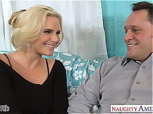 super-hot wife Phoenix Marie gets pinkish gash pulverized