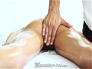 cool Latina Chloe Amour spunks firm after massage
