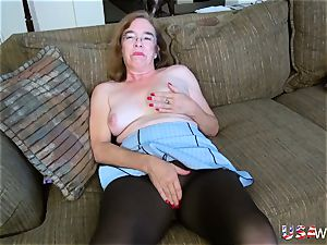 USA wives old granny Carmen wooly fuckbox finger-tickling