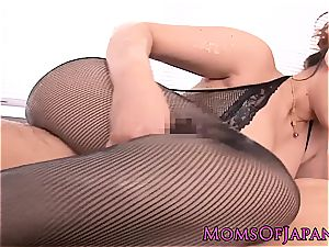 chinese mummy creampied after oily massage