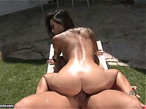 dirty banger Asa Akira luvs the softcore act with her paramour outdoor