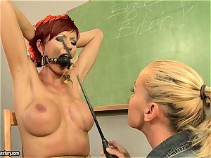 Kathia Nobili providing a ultra-kinky lesson to a super-steamy red head