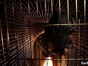 Dog cage mega-bitch Dani Daniels