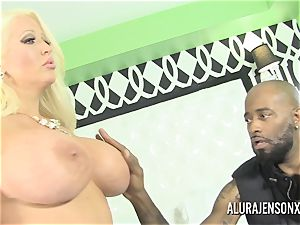 large bap mummy Alura Jenson drills her dark-hued Boober driver